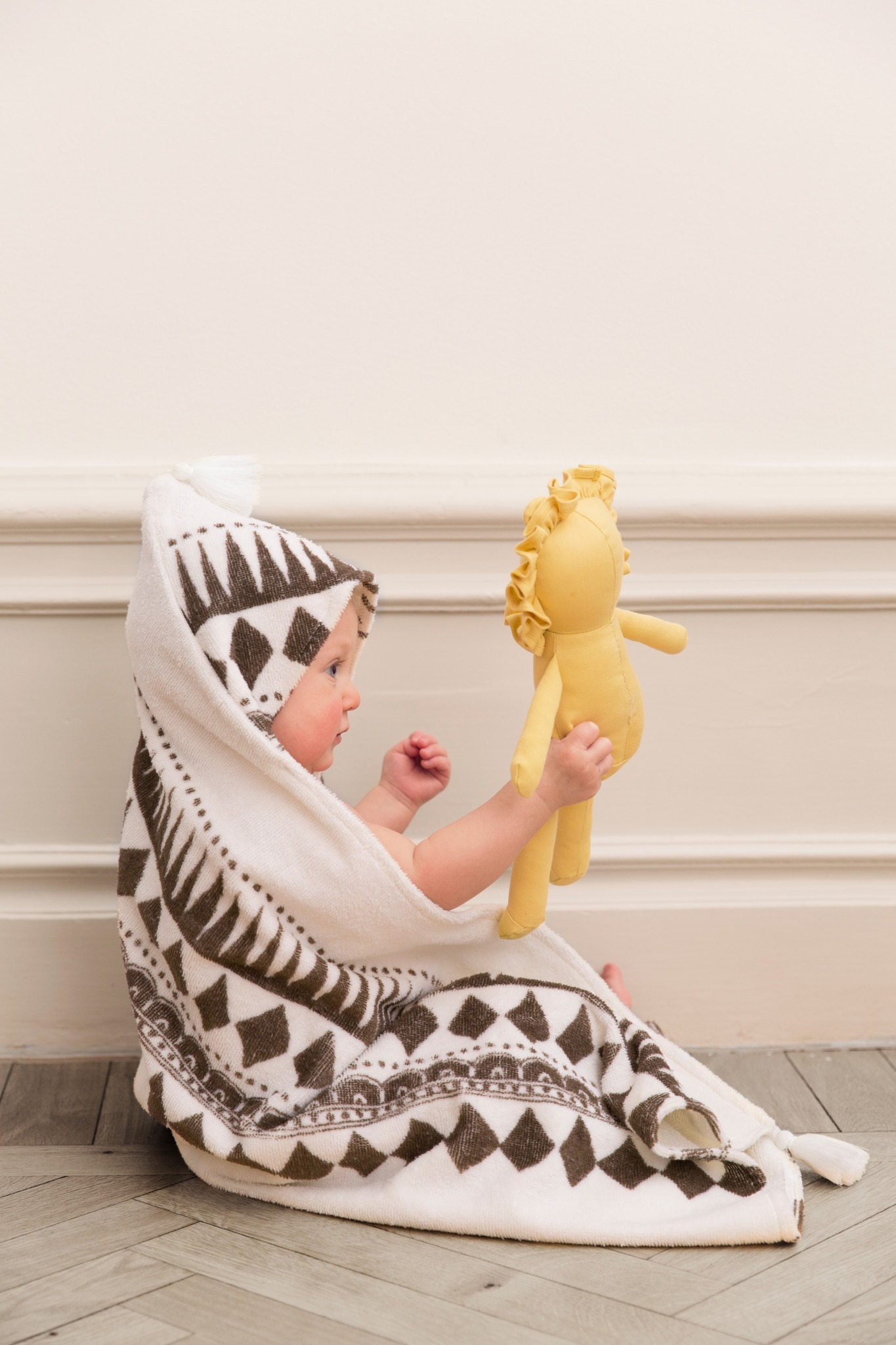 Elodie Details - Hooded Towel - Graphic Devotion