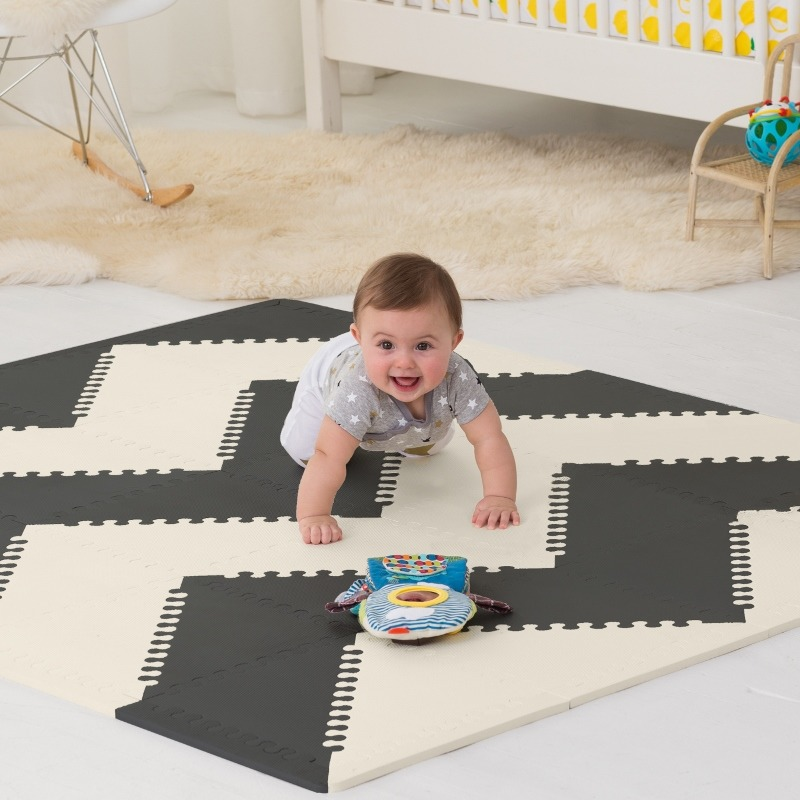 Skip Hop - Playspot Black/Cream GEO Activity Gym