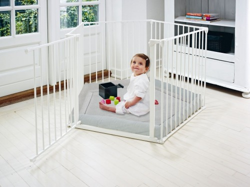 Baby Dan - Park-A-Kid Safety Den, white